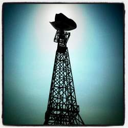 The Eiffel Tower in Paris, Texas wears a cowboy hat! (photo by Tui Snider)