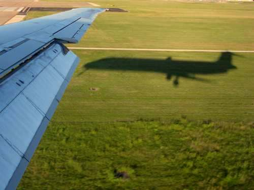 airplane-shadow