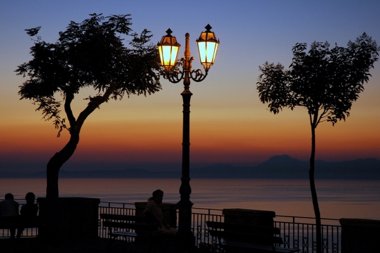 Sunset in Italy (photo by Tui Cameron)