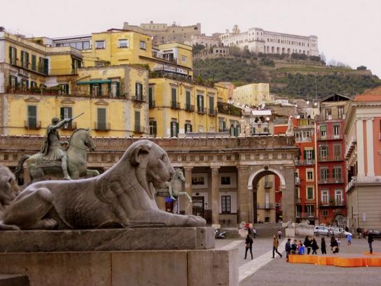 Piazza Plebiscito in Naples, Italy (photo by Tui Cameron)