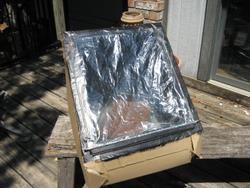 Easy Homemade Solar Oven (photo by Tui Cameron)
