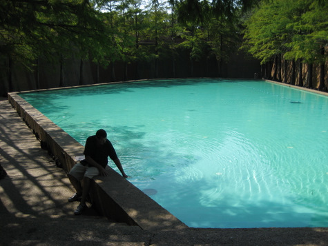 Fort worth water gardens a free oasis in the heart of for 8 ft garden pool