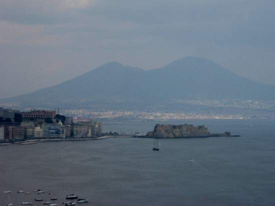 Mt. Vesuvius and the Bay of Naples, Italy (photo by Tui Snider)