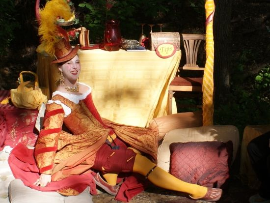 Beautiful courtesan at the Scarborough Renaissance Festival (photo by Tui Snider)