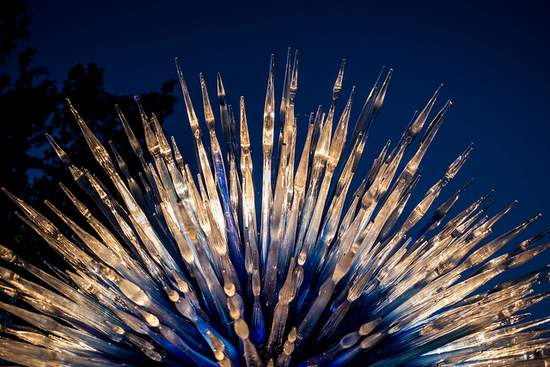 Dallas Arboretum Chihuly glass exhibit (photo by Paula Puffer)
