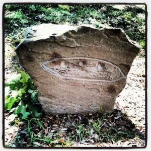 Headstone at alien gravesite in Aurora, Texas (photo by Tui Snider)
