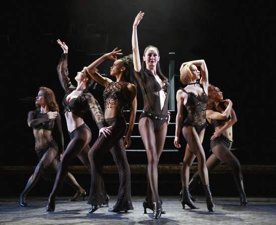 Chicago musical cast members (photo by: Paul Kolnik)