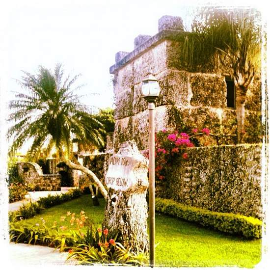 Mysterious Coral Castle in Florida (photo by Tui Snider)