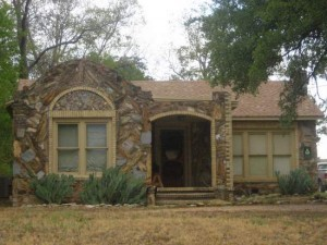 Typical petrified wood house in Glen Rose, TX (photo by Tui Snider)