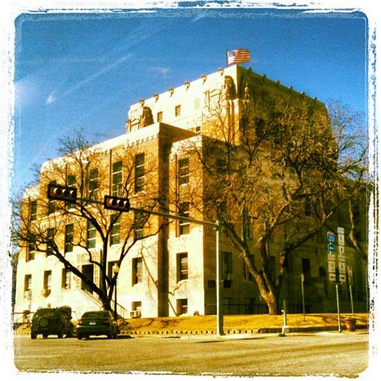 Eastland County Courthouse, home of Old Rip (photo by Tui Snider)