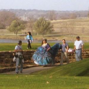 Quinceanera at the Dallas Arboretum (photo by Tui Snider)