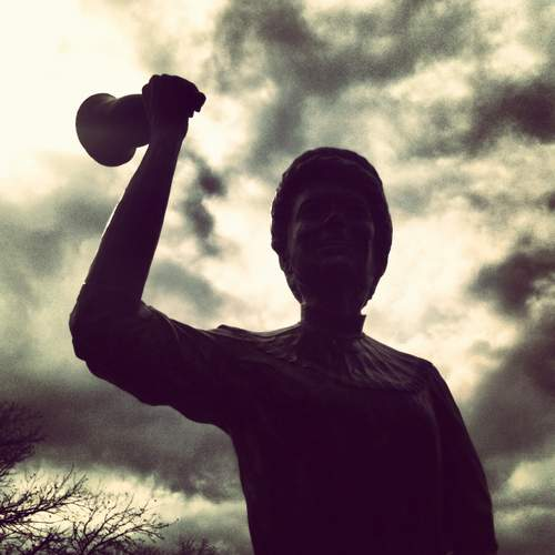 Bell ringer statue in Granbury, TX (photo by Tui Snider)