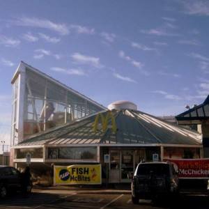 Roswell, New Mexico UFO McDonalds (photo by Tui Snider)