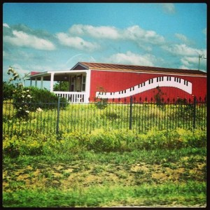 Piano house in Texas (photo by Tui Snider)