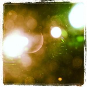 AugustMoon13 Crescent moon through binoculars (photo by Tui Snider)