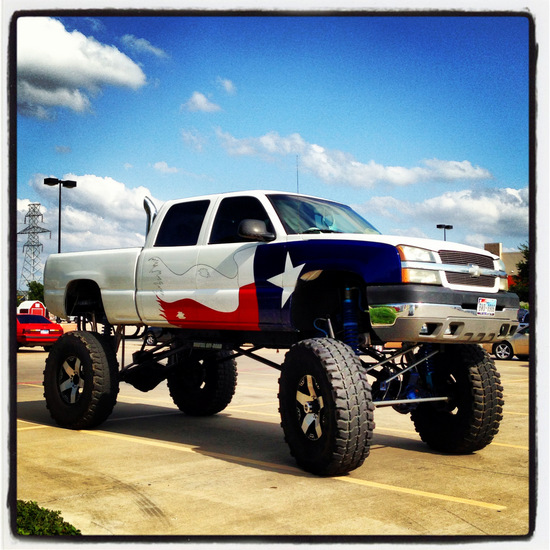 Texas sized pick-up truck (photo by Tui Snider)