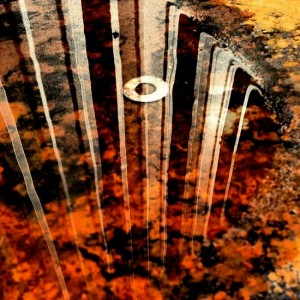 Rust barrel reflections (photo by Tui Snider)
