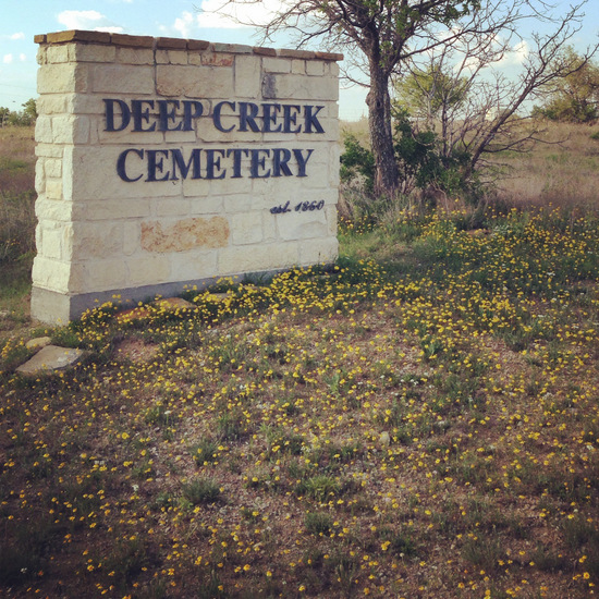 Historic Deep Creek Cemetery in Boyd, Texas (photo by Tui Snider)
