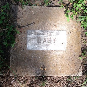 Lost Cemetery of Infants in Arlington, Texas (photo by Tui Snider)