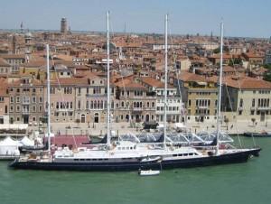 Yacht dwarfs Venice, Italy (photo by Tui Snider)
