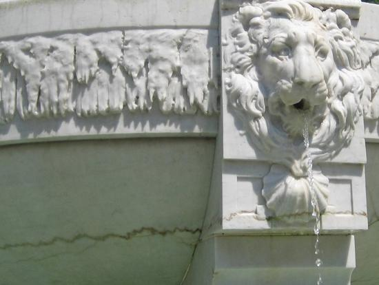 Marble fountain detail in Paris, TX (photo by Tui Snider)