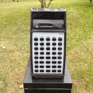 Calculator headstone in Dallas, Texas (photo by Tui Snider)