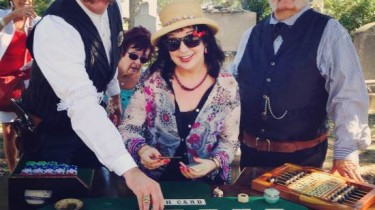 Me playing Faro! (photo by Larry Snider)