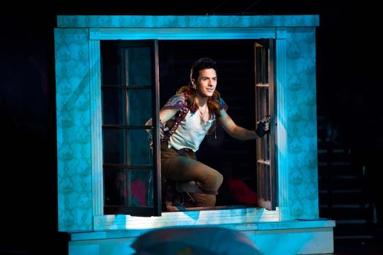 (c) Peter Pan 360 US Theatrical Tour