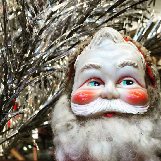 Big Santa is watching! (photo by Tui Snider)