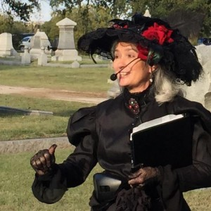 Oakwood Cemetery in Fort Worth, Texas (photo by Tui Snider)