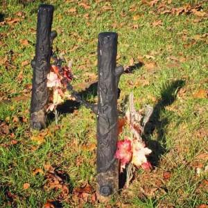 Unique grave marker in Jefferson, Texas (photo by Tui Snider)