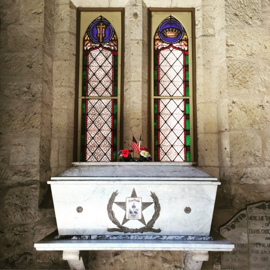 Alamo ashes at the San Fernando Cathedral in San Antonio, TX (photo by Tui Snider)