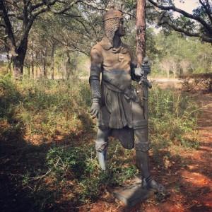 Knight statue of Elberta, AL (photo by Tui Snider)