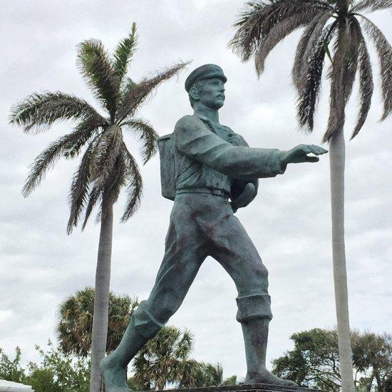 Barefoot Mailman of Hillsboro, FL (photo by Tui Snider)