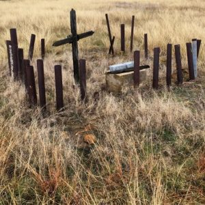 Many graves in Thurber Cemetery feature wooden crosses. (photo by Tui Snider)