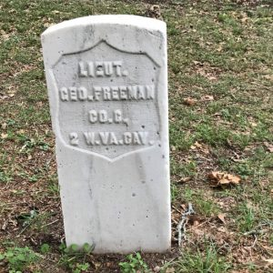 Civil War headstone for a Union soldier. (photo by Tui Snider)