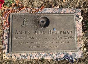 Amber Hagerman's grave in Arlington, TX (c) Tui Snider