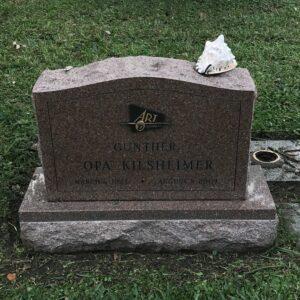 Seashell at gravesite. (photo (c) Tui Snider)
