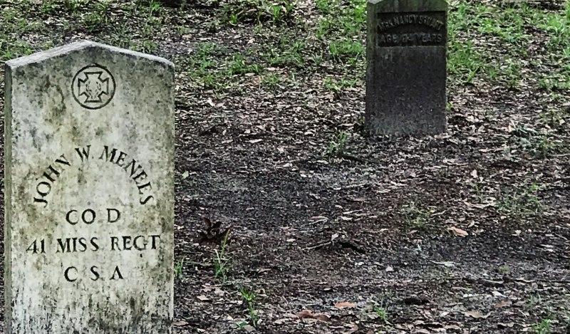 Confederate Type grave marker. (c) Tui Snider
